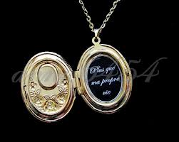 Renesmee's locket