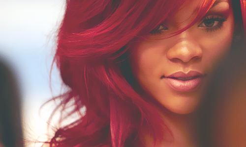 http://images6.fanpop.com/image/photos/32400000/Rihanna-josh-shirohige1939-32406600-500-300.png