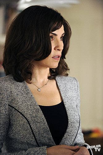 The Good Wife - Episode 4.05 - Waiting for the Knock - Promotional litrato