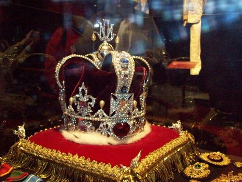 The King of Pops real crown
