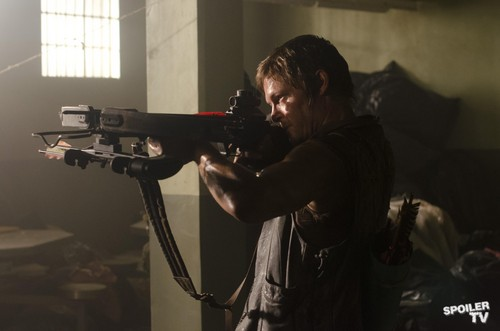 The Walking Dead - Episode 3.02 - Sick Promotional foto's