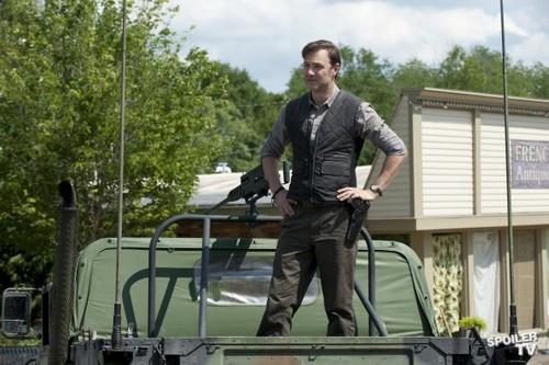 The Walking Dead - Episode 3.03 - Walk With Me - Promotional fotografias