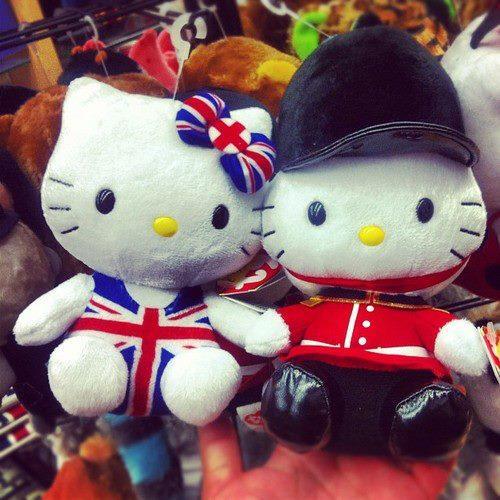 Uk hello kitty uk girls lovers of all british things photo
