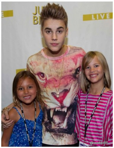 justin bieber, SWAG t shirts,Vancouver (Oct 10), 2012