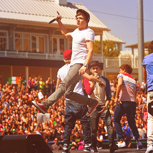 liam is niall. brb dead