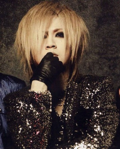 The Gazette achtergrond entitled ruki