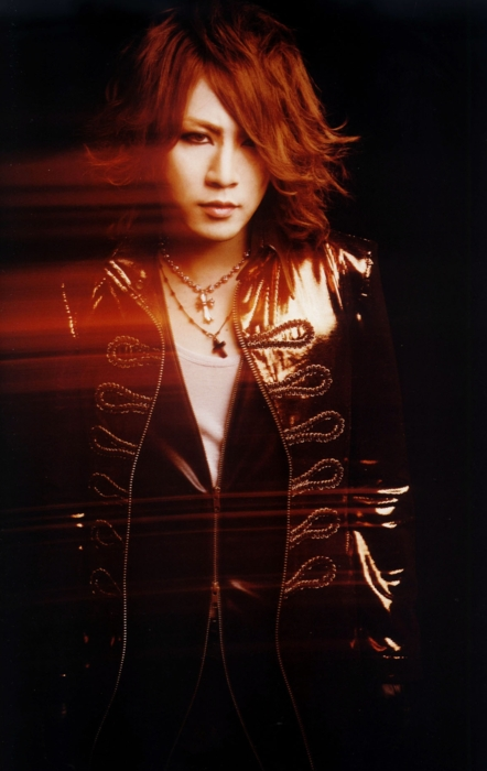 http://images6.fanpop.com/image/photos/32400000/ruki-the-gazette-32423311-442-700.jpg