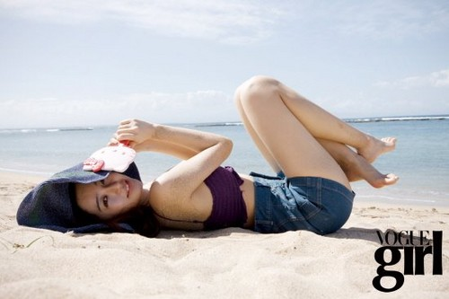 DARA 2NE1 fondo de pantalla containing skin entitled yoon eun hye vogue magazine