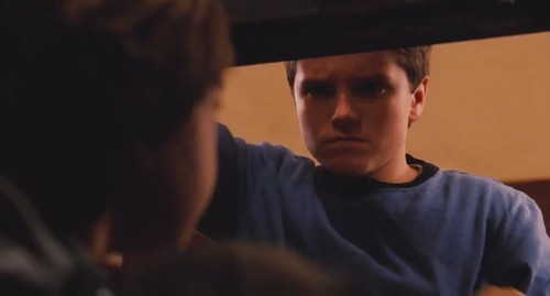 Josh Hutcherson wallpaper titled Zathura: A spazio Adventure-Screencaptures
