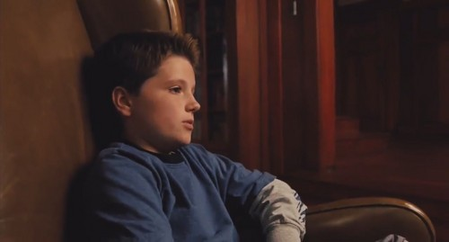 josh hutcherson wallpaper probably containing a living room, a family room, and a drawing room entitled Zathura: A luar angkasa Adventures-Screencaptures