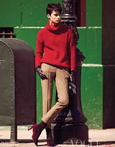 ANTM Cycle 16 Winner Brittani Kline in Vogue Mexico November 2011