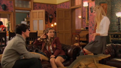 The House of Anubis wallpaper containing a birreria, brasserie titled Amber, Fabian, and Nina 2