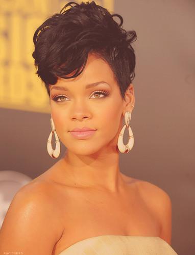 Beautiful Rihanna!!!!! :) ;)