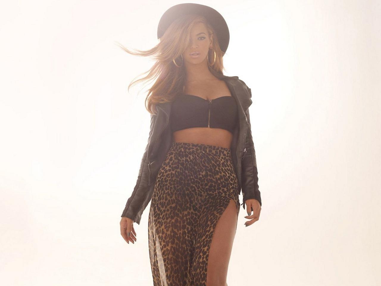 Beyonce Dereon 2012