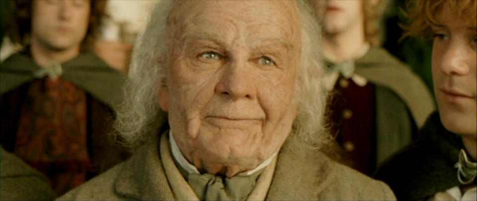 Bilbo-lord-of-the-rings-32502538-960-404