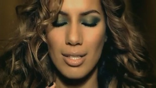 Bleeding l'amour [Music Video]
