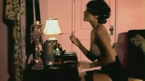 Bleeding tình yêu [Music Video]