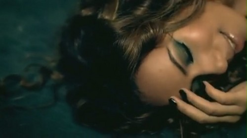 Bleeding 愛 [Music Video]