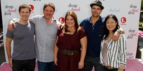 Brooke Elliott & the cast Of Drop Dead Diva
