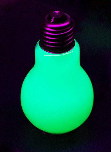 Cool, Neon Light Bulb!!!!! =O