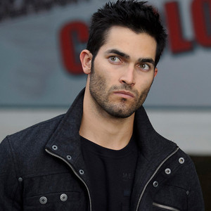 Tyler Hoechlin wallpaper entitled Derek Hale thinking