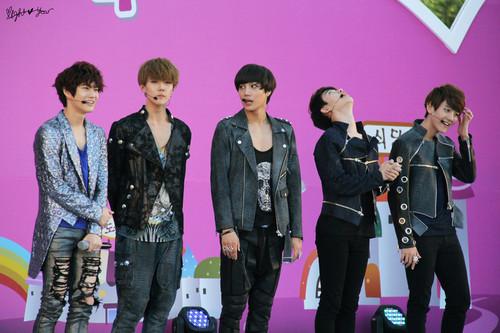 EXO-K @ Family 爱情 Sharing 音乐会