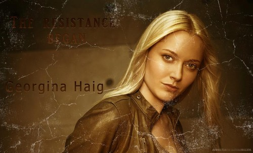 Georgina Haig wallpaper with a portrait titled Georgina Haig
