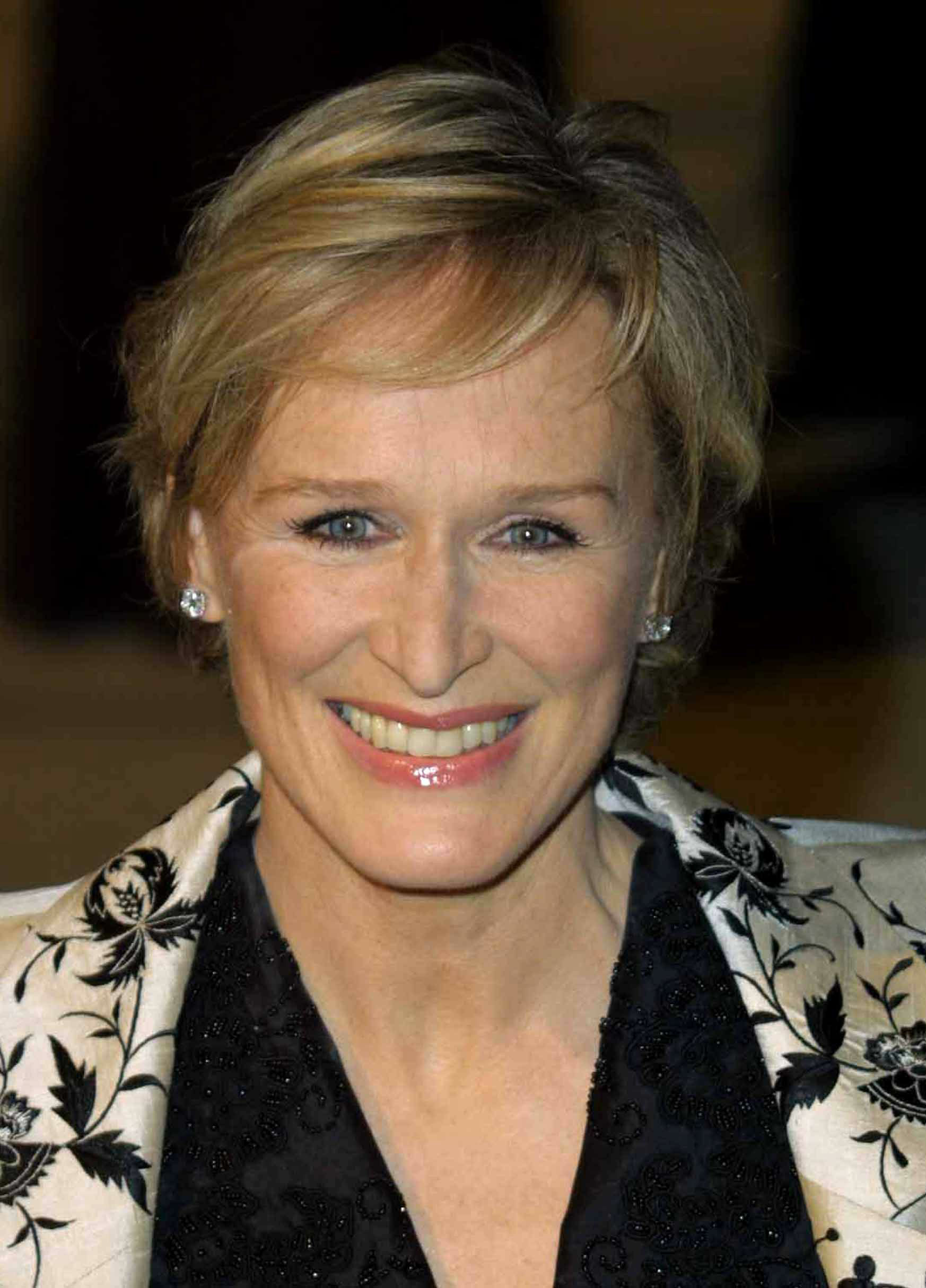 glenn close war