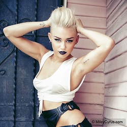 Hot Miley   Miley Cyrus Photo
