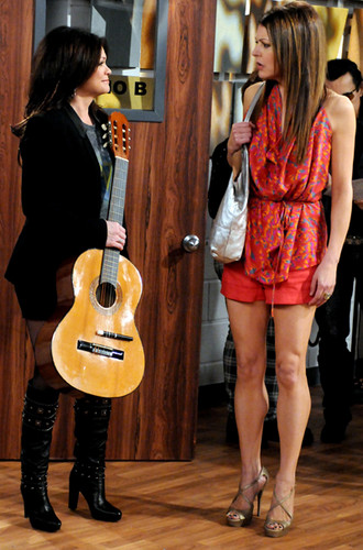 Hot in Cleveland <3