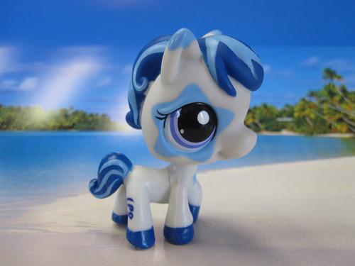 LPS Horse Toys R Us Biggest Stars