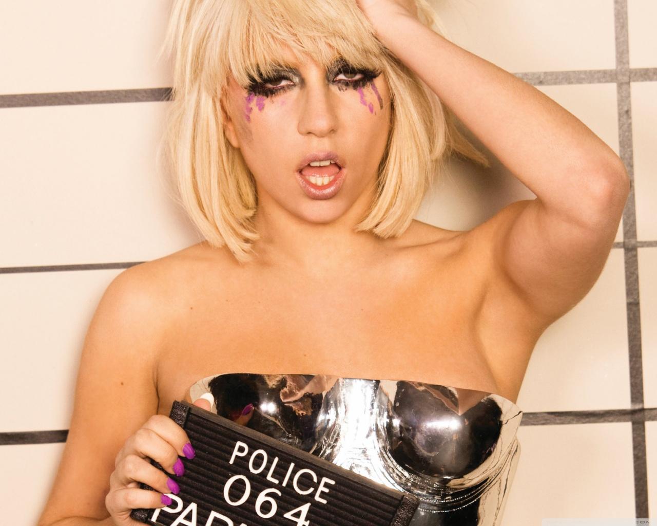 Lady gaga - Lady Gaga ... Lady Gaga