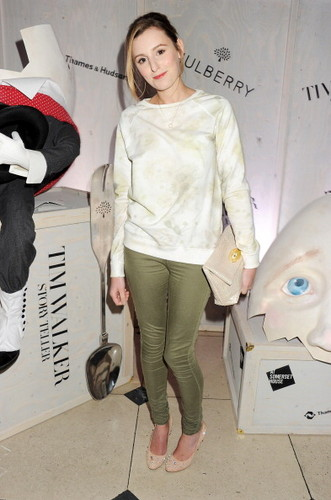 Laura at the Tim Walker Story Teller: Supported oleh Mulberry