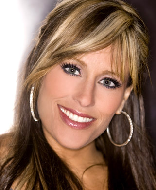 Lilian Garcia wallpaper containing a portrait entitled Lilian Garcia Photoshoot Flashback