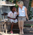Naomi Watts recreates Princess's high-profile stunt - princess-diana photo