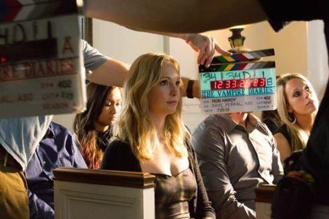 """New litrato of Candice BTS of """"The Vampire Diaries"""" 4x02."""