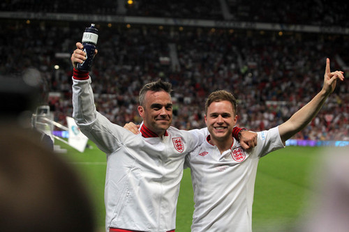 Olly and robbie williams