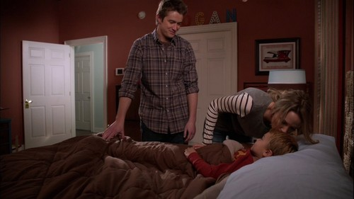 Clay and Quinn wallpaper containing a bedroom, a living room, and a family room entitled One Tree Hill