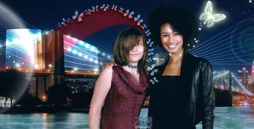 Paris Jackson دوستوں (@ParisPic)