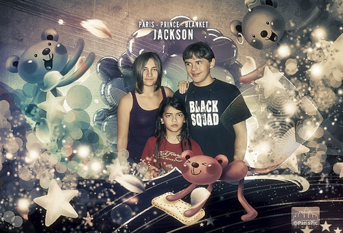 Paris Jackson Prince, Blanket, Bears (@ParisPic)