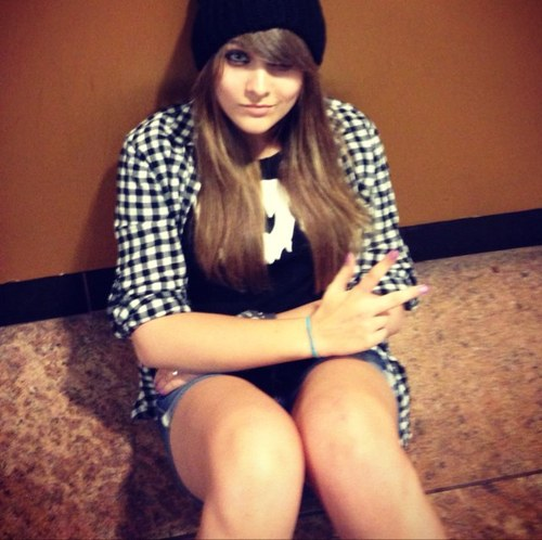 Paris Jackson fond d'écran possibly with bare legs, a fedora, and a boater titled Paris Jackson ♥♥