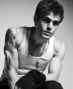 Paul Wesley wallpaper probably containing a portrait and skin called Paul <3