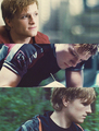 Peeta - peeta-mellark-and-katniss-everdeen fan art
