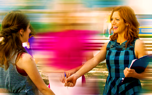 Pitch Perfect achtergrond containing a portrait entitled Pitch Perfect Stills and Gifs