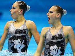 Russian Sychronized Swimming Duo Tribute To Michael At The 2012 Summer Olympics In London
