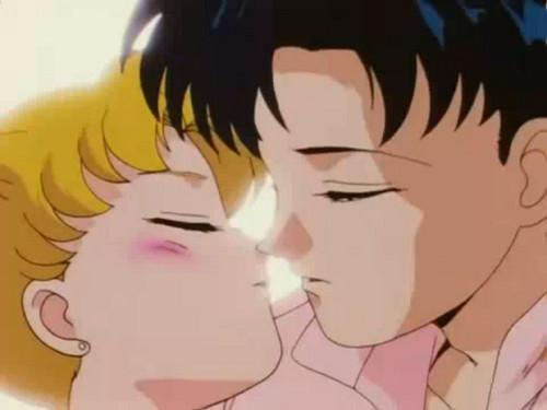 Serena & Darien - Almost Kiss ★