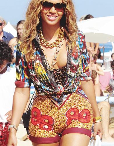 Sexy Beyoncé LOL!!!!! =O XD