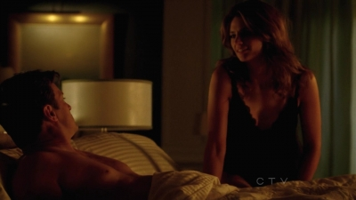 스타나 카틱 바탕화면 with a family room, a living room, and a drawing room titled Stana in Castle's 5x04