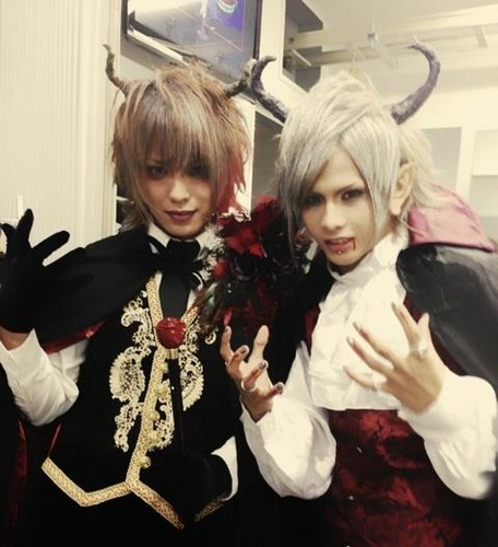 vampiros Hitomi (Moran) & Subaru
