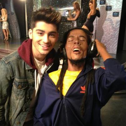 Zayn with wax statue of Bob Marley